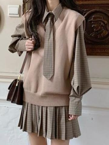 Long-Sleeve Plaid Mini Pleated Dress / Knit Vest / Tie / Set