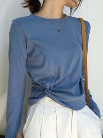 Long-Sleeve Twisted Top